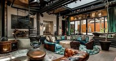 Today's dose of interior design inspiration goes global as we take a look at 21 spectacular loft apartments in major cities around the world. Warehouse Living, Warehouse Home, Industrial Living, Industrial House, Loft Design, House Design, Design Dintérieur, Decoration Inspiration, Loft Spaces