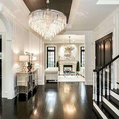 Stunning foyer By Castlewood Custom Builders Design Salon, Home Design, Design Ideas, Design Inspiration, Design Hotel, Design Design, Design Projects, Design Trends, Diy Projects