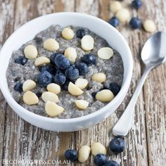 Blueberry-Macadamia-Chia-Pudding
