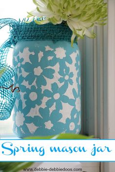 How to paint a spring mason jar