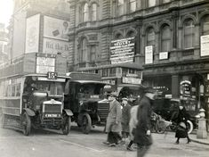 Buses London 1927