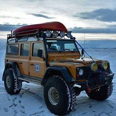 Icelandic/Arctic/Polar explorer by @5anad #landrover #defender110csw #landroverdefender #landroverphotoalbum