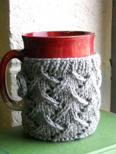 Free Knitting PatternS - Cozies: Spring Wind Mug Sweater Love Knitting, Knitting Patterns Free, Knit Patterns, Free Pattern, Yarn Projects, Knitting Projects, Crochet Projects, Knitting Ideas, Crochet Ideas