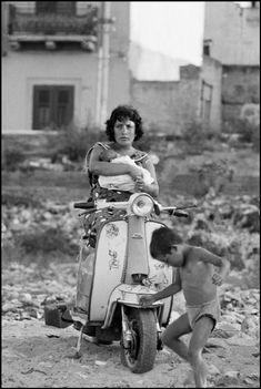 Ferdinando Scianna  Sicily, Palermo. 1966