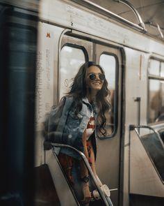 Girl Photography Poses, Tumblr Photography, Photography Camera, City Photography, Creative Photography, Fashion Photography, Kreative Portraits, Photo Recreation, Street Portrait
