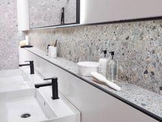 Terrazzo Tile, Tile Floor, Cladding Materials, Glazed Tiles, Studio Kitchen, Wall Cladding, Kitchen Tiles, Bathroom Flooring, Kitchen Interior