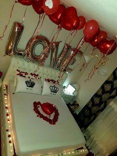 Romantic surprise for him? True love, c … Romantic Surprises For Him, Romantic Room Surprise, Romantic Gifts, Romantic Ideas, Valentines Day Decorations, Birthday Decorations, Valentine Desserts, Birthday Surprise Boyfriend, Birthday Love
