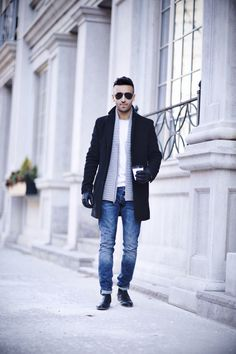 THE NEAT FIT: BLACK CHELSEA BOOT