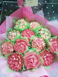 """""""Manchester,ranked as a Beta World Ct. Cupcake Bouquets, Cookie Bouquet, Decorated Cupcakes, Pink Cupcakes, Cupcake Party, Surprise Gifts, Cup Cakes, Frostings, Cake Cookies"""