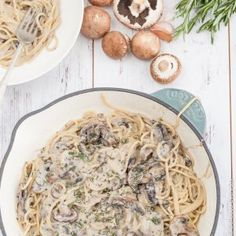 Super Easy Vegan One Pot Creamy Mushroom Pasta in a Creamy Mushroom Sauce - all you need is a handful of simple ingredients for a healthy vegan family dinner. | deliciouseveryday.com