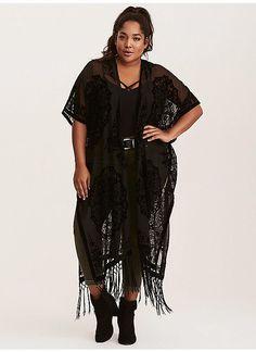 c68a126c69711 TORRID   Velvet Burnout Long Kimono Black Kimono Outfit