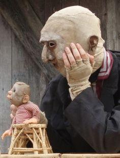 JULIEN AILLET- MOGRR - JULIEN AILLET- MOGRR --- #Theaterkompass #Theater #Theatre #Puppen #Marionette #Handpuppen #Stockpuppen #Puppenspieler #Puppenspiel