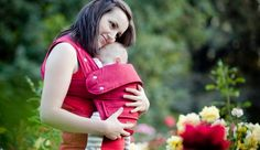Marsupi Bauchtrage rubinrot  http://www.wickelkinder.de/neu/marsupi-bauchtrage-die-mit-dem-klett/  #marsupi #babytragen #babywearing