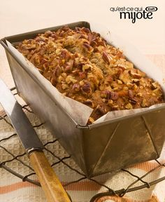Liven up the day with a fresh loaf of Maple-Pecan Banana Bread warm from the oven. A sweet take on traditional banana bread, Maple-Pecan Banana Bread is surprisingly easy to make and ready in under an hour. Kraft Recipes, Banana Pecan Bread Recipe, Breakfast Recipes, Dessert Recipes, Breakfast Time, Maple Pecan, Cooking Instructions, Quick Bread, What To Cook