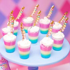 Here's a super cute and easy Easter dessert! No-bake mini cheesecakes in pastel colors, perfect for serving after Easter dinner. Top with an Easter egg candy for the perfect finishing touch! Birthday Party Treats, Unicorn Themed Birthday Party, Unicorn Party, Easy Easter Desserts, Unicorn Foods, Rainbow Food, Rainbow Jello, Unicorn Baby Shower, Baby Shower Cookies