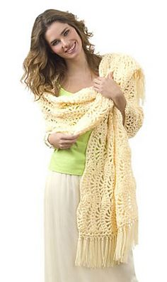 Free pattern on Ravelry Simple One Skein Wrap. I would use pattern to make a cowl