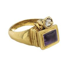 Roman Gemstone Ring, late or century, Roman or perhaps Byzantine. Gold, amethyst, and pearl. Bezel 15 x 13 x 13 mm. and 7 x 7 x 13 mm. © The Metropolitan Museum of Art. Renaissance Jewelry, Medieval Jewelry, Ancient Jewelry, Vintage Gold Rings, Antique Gold, Antique Jewelry, High Jewelry, Jewelry Art, Byzantine Gold