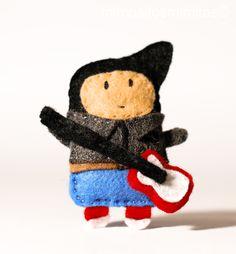 fieltro, broche, muñeco, muñecos, cadillac, coche, descapotable, rockero, juguetes, estrella, rock, bup, azul, rojo, negro