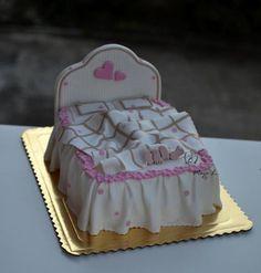 Svadobná torta ako predzvesť svadobnej noci?:)