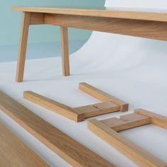 No glue, no screws - flat pack furniture just got interesting. Ambrose A Frame Bench by Matt Elton Woodworking Toys, Easy Woodworking Projects, Woodworking Techniques, Woodworking Furniture, Plywood Furniture, Furniture Projects, Furniture Design, Backyard Furniture, Furniture Repair