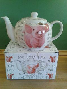 perky pink pig teapot