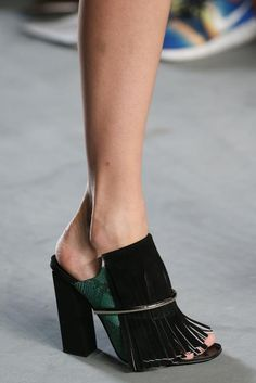Proenza Schouler Spring 2015 Ready-to-Wear - Details - Gallery - Look 2 - Style.com