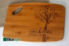 Personalized/Engraved Cutting Board with por Bloxstyle en Etsy