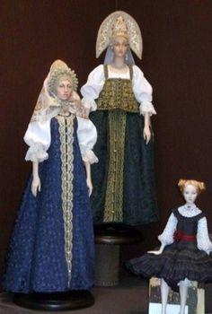 Dolls in Russian traditional costumes by Alexandra Koukinova.