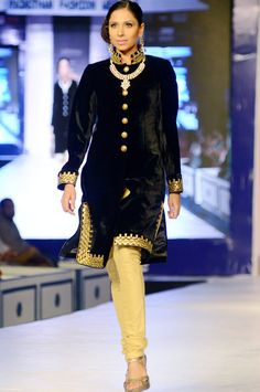 Designer Himmat Singh's Collection @ Rajasthan Fashion Week, May, 2013 | India Today |