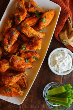Yummy! I really want hot wings right now!!
