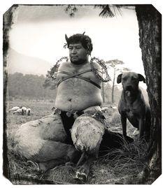 Foto Museo Cuatro Caminos: Witkin & Witkin / El hombre que vio demasiado. Enrique Metinides – L'enfer des arts