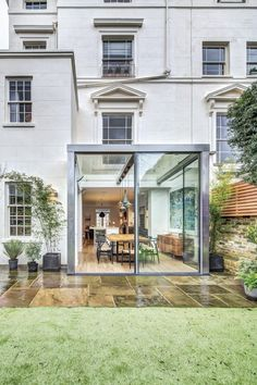 Little Venice By DOSarchitects - http://www.dailyhomedecortips.com/home-decoration/little-venice-by-dosarchitects.html