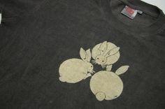 ヘンプコットンTシャツ柿渋染め鉄媒染 うさぎ三羽|麻と柿渋染め・草木染めのみつる工芸