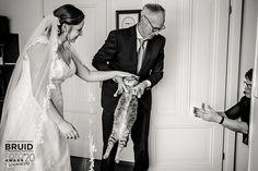 Genomineerde Bruidsfoto Award 2020 // Categorie: Getting Ready // Fotograaf: Laura de Kwant Photography
