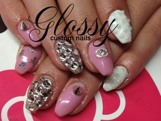 Most of them are Gel and Acrylic artificial nails but you might catch a few natural ones. Some Designs are hand painted and others are. Artificial Nails, Bling, Hand Painted, Gallery, Painting, Jewel, Painting Art, Paintings, Drawings