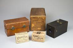 Rare Early Kodak Rolls Acquired by George Eastman MuseumThe George Eastman Museum has recently purchased the last roll of Kodak Film a roll of Transparent Kodak Film and is already. Kodak Camera, Kodak Film, Pinhole Camera, 35mm Film, Antique Cameras, Old Cameras, Vintage Cameras, Camera Obscura, Camera Photography