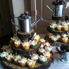 Country chic bridal shower cupcakes!!