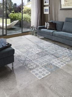 I know you wanted a warmer surface than tiles? Floor Design, Tile Design, House Design, Industrial House, Elle Decor, Home Living Room, Home Deco, Beautiful Homes, Tile Floor