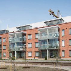 Matinpurontie, Espoo. Julkisivuverhous Equitone Tectiva -julkisivulevyillä. Multi Story Building
