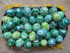 Štyri odtiene zelenej na nádherných veľkonočných vajíčkach! Autorka: marienka15. Artmama.sk