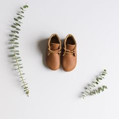 82c6925291c Adelisa  amp  Co. Leather Kid Antigua Oxford Shoes Handmade in Nicaragua  AW17 Natural Leather