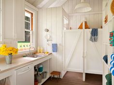 Peek Inside This Cheerful 260-Square-Foot Home