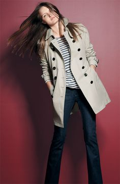 Burberry trench. Love the whole outfit.