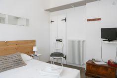 Dai un'occhiata a questo fantastico annuncio su Airbnb: Terrace room - L'Altro B