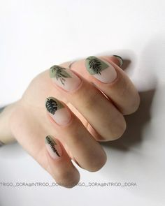 Try some of these designs and give your nails a quick makeover, gallery of unique nail art designs for any season. The best images and creative ideas for your nails. Love Nails, How To Do Nails, Pretty Nails, Fun Nails, Minimalist Nails, Nail Polish, Manicure And Pedicure, Nailart, Uñas Fashion
