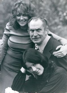 Fiona Lewis,Vincent Price and Valli Kemp on the set of 'Dr. Phibes Rises Again',1972.