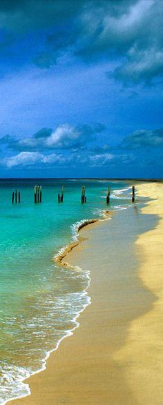 Beach in Cabo Verde Paradise Pictures, Beach Pictures, Places Around The World, Around The Worlds, Virtual Travel, Cape Verde, Sea Art, Ocean Views, West Africa