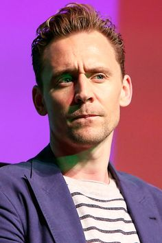 Tom Hiddleston at Deadline's The Contenders Emmys event on April 10, 2016. Full size image: http://tomhiddleston.us/gallery/albums/2016/events/deadlineinside/004.jpg Source: Tom Hiddleston Fans http://tomhiddleston.us/gallery/displayimage.php?album=701&pid=32280#top_display_media