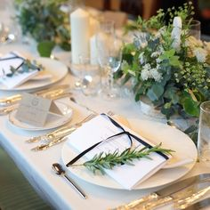 Wedding Guest Table, Wedding Day, Dining Room Design, Luxury Dining Room, Wedding Images, Wedding Designs, Flower Centerpieces, Wedding Flowers, Table Decorations