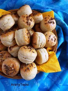 AranyTepsi: Köménymagos minipogik - nem kell hozzá se sütőpor, se élesztő
